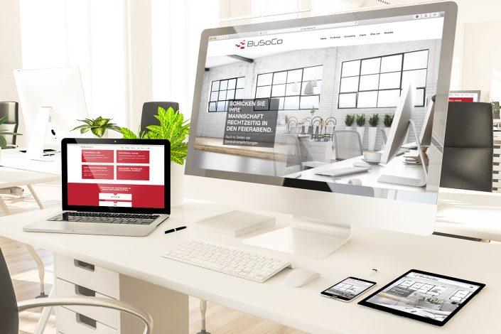Darstellung der responsiven Website für die BuSoCo Software Consulting auf den Endgeräten Laptop, Tablet, Smartphone und auf großem Bildschirm.